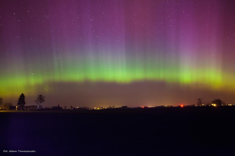 Zorza polarna nad Polską. Zdjęcie: Adam Tomaszewski
