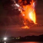 Chilijski wulkan Calbuco wybucha po raz pierwszy od ponad 40 lat. Spektakularne zdjęcia!